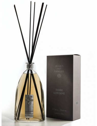 Room Fragrance Terre Lontane - 500 ml with sticks by Acqua delle Langhe Italy